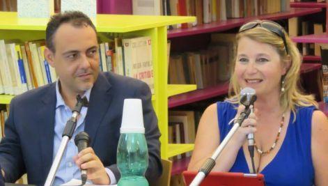 """Massimiliano Verde e Veronique Autheman durante la conferenza """"Provenza Napoli"""""""