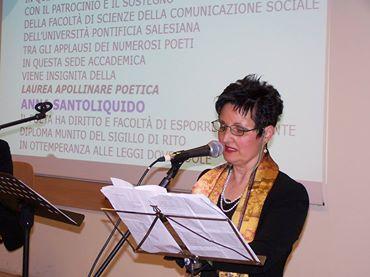 Anna Santoliquido legge la sua Lectio Magistralis sulla poesia