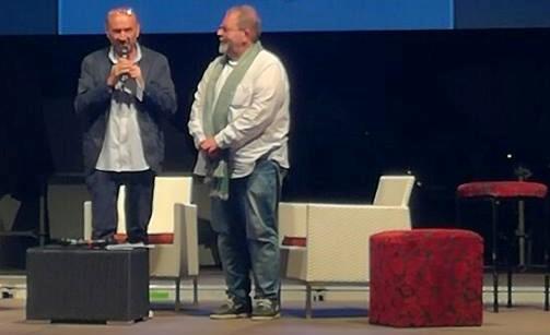 Alfonso Bottone al microfono