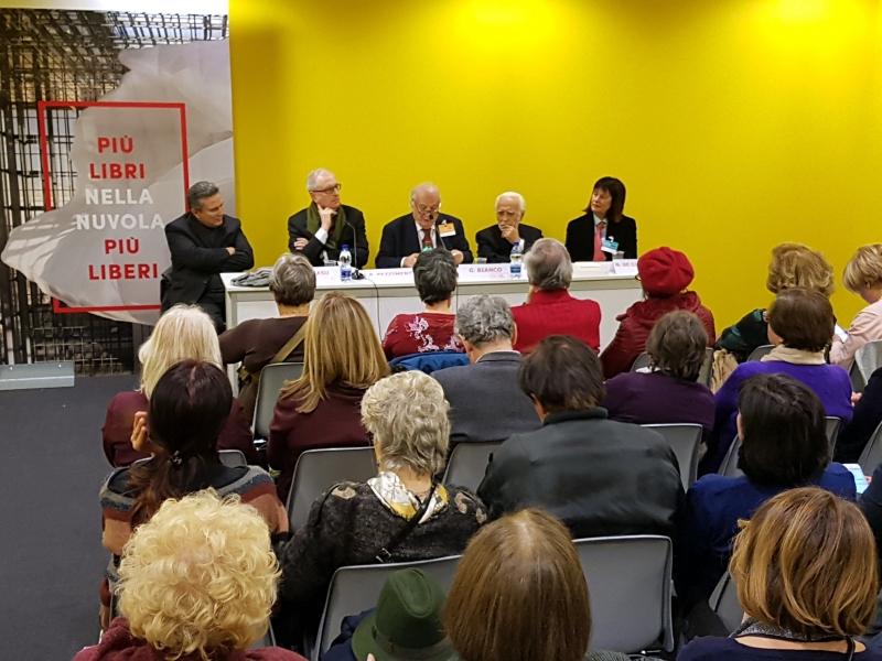 Sala Venere, Centro Congressi La Nuvola, al tacvolo da sin:Casu, Pezzimenti, Bianco, Sabatini, De Giovanni