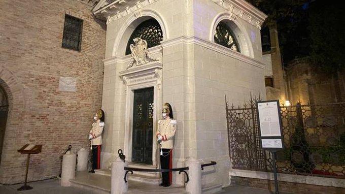 Ravenna, La tomba di Dante